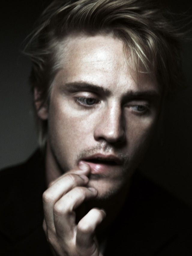 LAST MAG - BOYD HOLBROOK - GREGORY HARRIS PICTURES